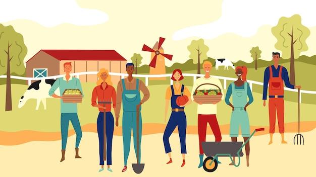 Multiethnisches team von landwirten, die gemeinsam am landwirtschaftlichen hintergrund arbeiten.