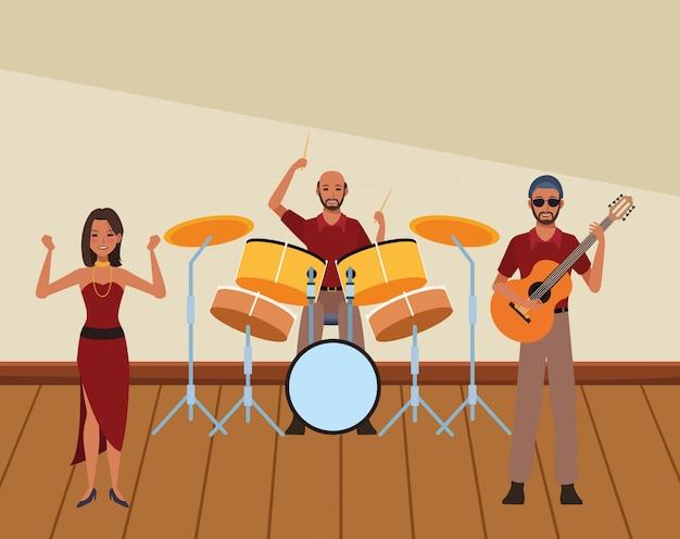 Musiker, der schlagzeuggitarre und -tanzen spielt