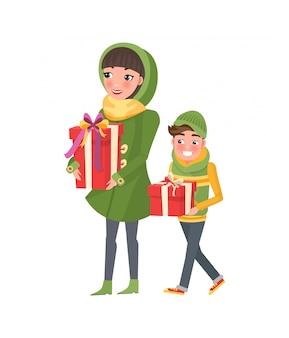 Mutter und sohn zusammen einkaufen. mutter und junge
