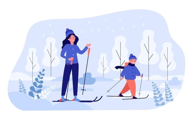 Mutter und tochter zusammen skifahren. flache vektorillustration. frau, kleines mädchen in winterkleidung, skifahren unter schnee, gesellschaft genießen. familie, winterurlaub, sport, kindheitskonzept