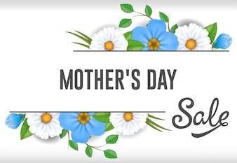Muttertag-Verkaufsbeschriftung mit den blauen und weißen Blumen. Mütter Tag Verkauf Werbung.