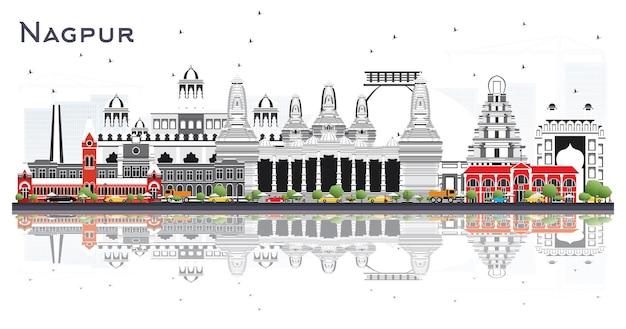 Nagpur indien skyline der stadt mit grauen gebäuden und reflexionen, isoliert auf weiss. vektor-illustration. geschäftsreise- und tourismuskonzept mit historischer architektur. nagpur-stadtbild mit sehenswürdigkeiten.