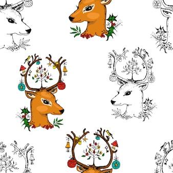 Nahtlose musterhirsche und weihnachtstiere. neujahr. winterferien. gravierte hand gezeichnet in der alten skizze und im vintage-stil für postkarten.