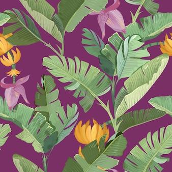 Nahtloser druck mit grünen tropischen bananen-palmenblättern, blumen, früchten und zweigen auf lila hintergrund. papier, textildesign, muster, botanischer tropic rainforest ornament. vektorillustration