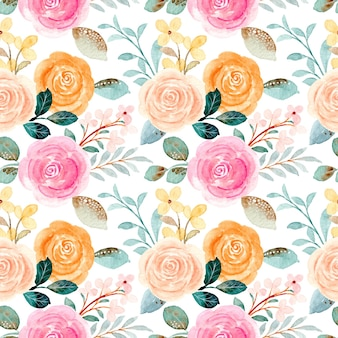 Nahtloses muster der bunten rosen mit aquarell