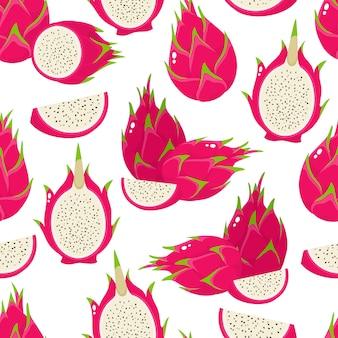 Nahtloses muster der exotischen drachenfrucht lokalisiert auf weiß. ganz und halb frischer hintergrund mit tropischem essen