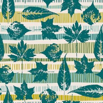 Nahtloses muster des abstrakten herbstes mit blättern. hintergrund für verschiedene oberflächen. trendige handgezeichnete texturen.