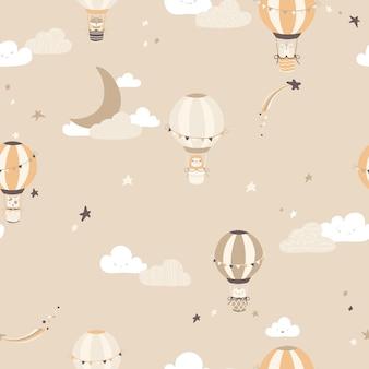 Nahtloses muster des kindergartenvektors mit weinleseballons mit tieren am nachthimmel.
