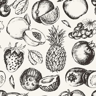 Nahtloses muster früchte-vektor modernes hand gezeichnetes nahtloses muster des designs. trauben, kirschen, ananas, erdbeere, kokosnüsse, apfel.