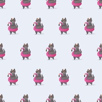 Nahtloses muster lustige katze mit einem rosa gummiring. katze mit brille und hut. gut für hintergründe, karten und drucke zu einem sommerthema. vektor.