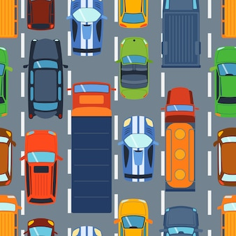 Nahtloses muster mit bunten autos auf straßenvektor. karikatur-lkw-reiselandstraßen-staudekoration. tapete mit straßentransport.