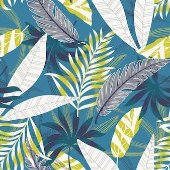 Nahtloses muster mit bunten tropischen blättern und blumen