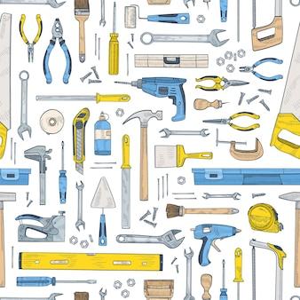 Nahtloses muster mit manuellen und angetriebenen werkzeugen für handwerk und holzbearbeitung
