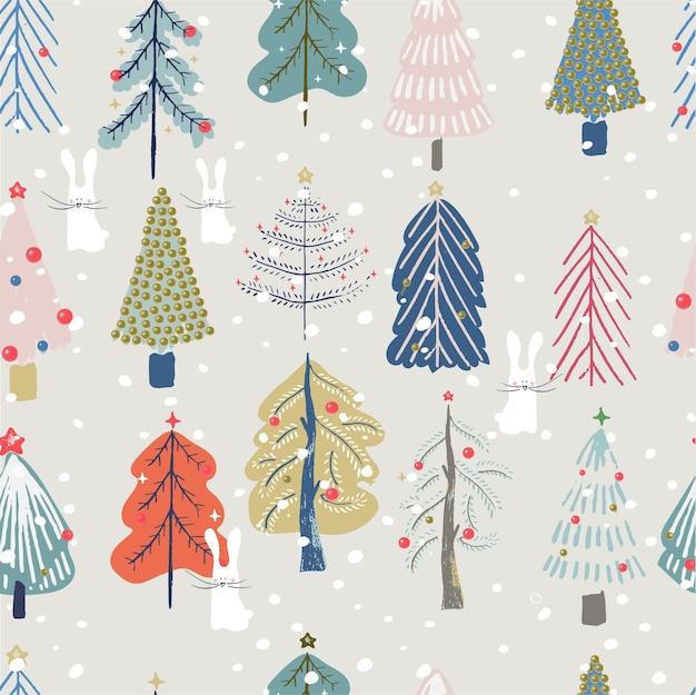 Nahtloses muster mit niedlichen weihnachtsbäumen und weißem kaninchen hand gezeichnet