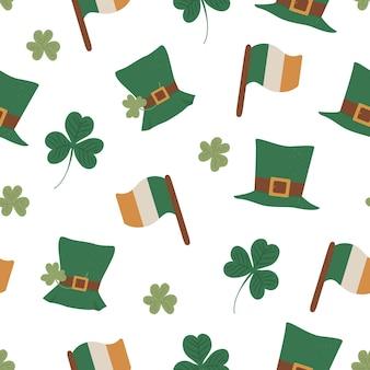 Nahtloses muster mit saint patrick day symbolen. wiederholter hintergrund des irischen nationalfeiertags. nette lustige beschaffenheit mit grünem hut, irischer flagge, kleeblatt.