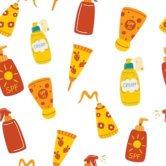 Nahtloses muster mit sonnenschutzmitteln. sonnencreme feuchtigkeitscreme, lotion, lippenstift, sonnencreme, verschiedene flaschen, spray und tube. sonnenschutz-, hautschutz- und uv-strahlen-blockierungskonzept. handgezeichneter vektor nahtlos