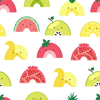 Nahtloses muster mit süßem fruchtregenbogen. hintergrund mit bunten fruchtcharakteren. illustration mit scheibensommerfrüchten für tapeten-, gewebe-, textil-, packpapierdesign. vektor