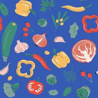 Nahtloses muster mit vitamin-c-quellen, gesundem gemüse und beeren