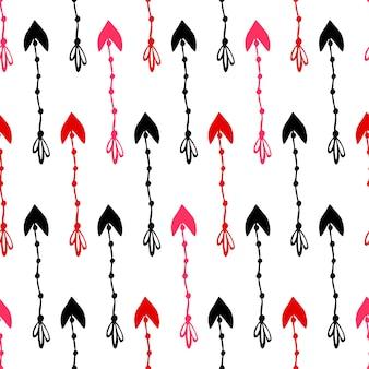 Nahtloses muster von rosa und roten pfeilen. vector hand gezeichnetes buntes muster mit gekritzelpfeil