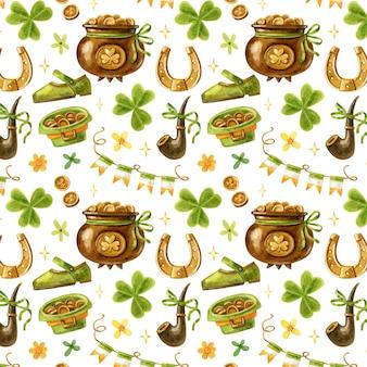 Nahtloses muster von st. patrick mit niedlichem cartoon-kleeblatt, goldschatz, zapfen, stiefeln, hufeisen, hut, fahnen, pfeife