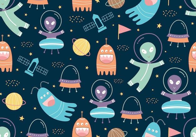Nahtloses muster von ufo, planeten, raketen und satelliten mit kindlichem stil