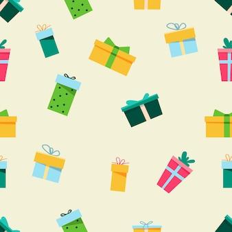 Nahtloses neujahrsmuster im doodle-stil. design für geschenkverpackungen, postkarten und mehr. bunte geschenkboxen.