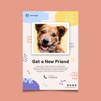 Nehmen sie ein haustierplakat mit hundefoto an
