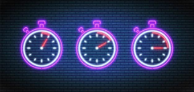 Neon stoppuhr. timer mit 5, 10 und 15 minuten. countdown-timer eingestellt. glühende helle uhren.