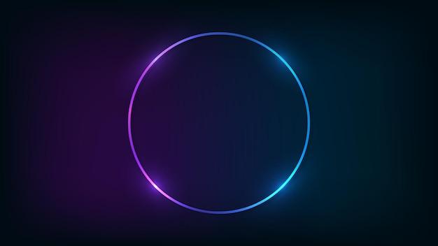 Neonrunder rahmen mit glänzenden effekten auf dunklem hintergrund. leere leuchtende techno-kulisse. vektor-illustration.