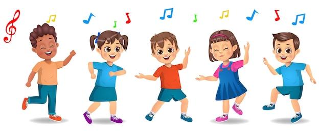 Nette jungen- und mädchenkinder, die zusammen zur musik tanzen