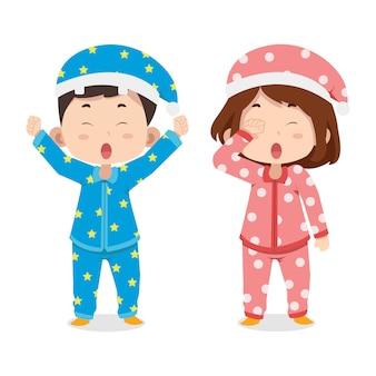 Nette kinder charaktere im pyjama