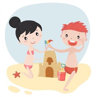Nette kinder junge und mädchen bauen sandburg im flachen vektor des sommers auf