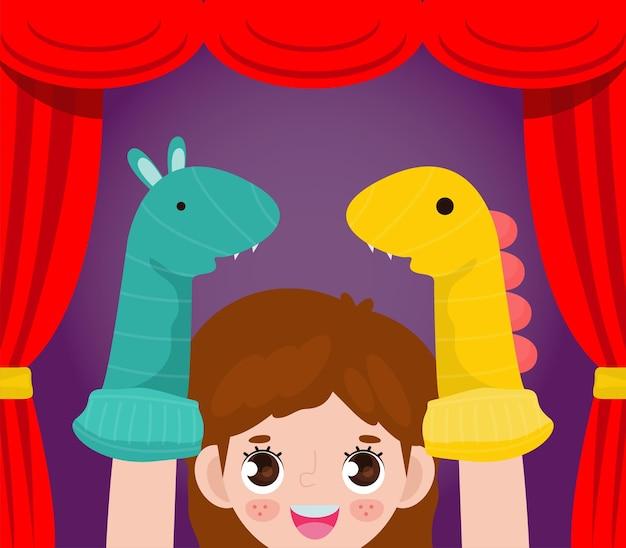 Nette kleine kinder, die mit sockenpuppen im theater spielen