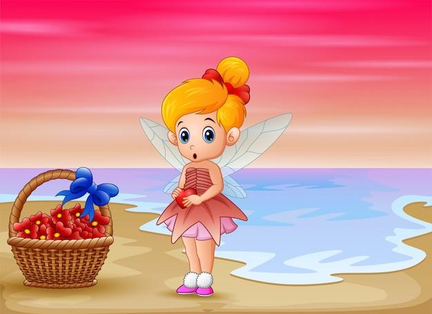 Nette kleine liebesfee, die auf strand steht