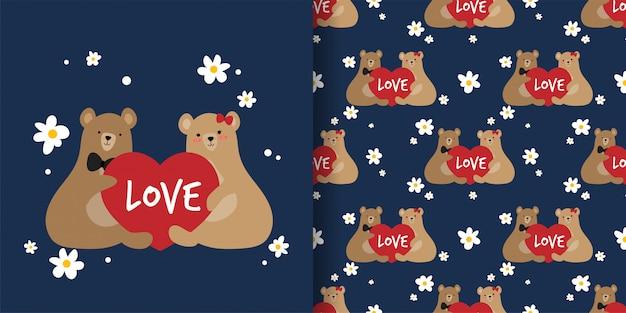 Nette paarbraunbären, die rotes herz mit nahtlosem muster des liebestextes halten