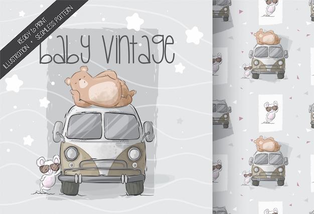 Netter bär mit babymaus auf nahtlosem muster des autos