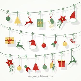 Netter Hintergrund von Girlanden mit Weihnachtselementen