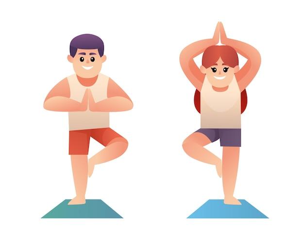 Netter junge und mädchen beim yoga