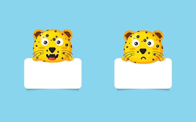 Netter leopard mit leerem brett