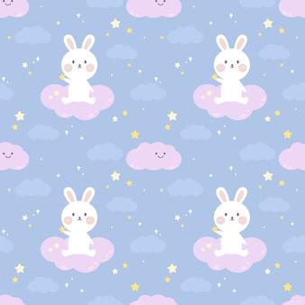 Nettes kaninchen des nahtlosen musters sitzen auf der wolke.