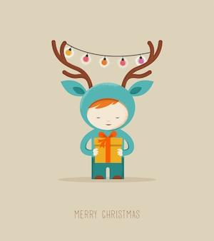 Nettes kind in einer hirsch-weihnachtskostüm-grußkarte