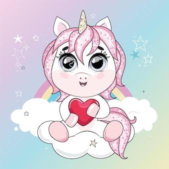 Nettes kleines einhorn mit rosa haar, das herz hält und auf der wolke im himmel sitzt. trendiger stil, moderne pastellfarben.