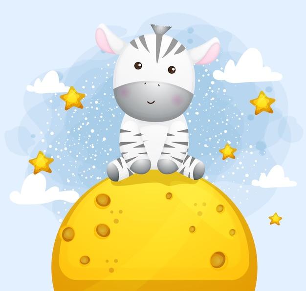 Nettes kleines zebra, das auf dem mond sitzt
