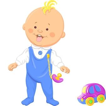 Nettes lächelndes baby lernt laufen und spielt mit einem spielzeugauto