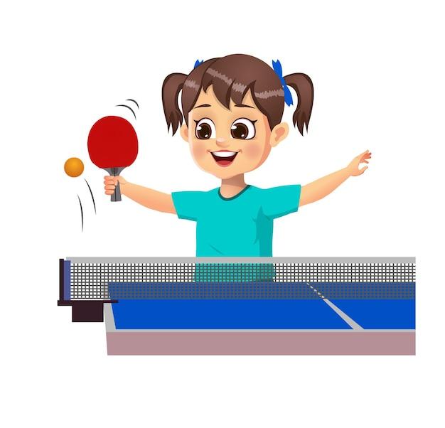 Nettes mädchenkind, das tischtennis spielt