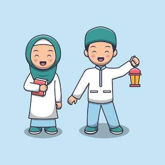 Nettes muslimisches kinderpaar, das al koran und laterne hält