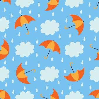 Nettes nahtloses muster mit wolken und regenschirmen.