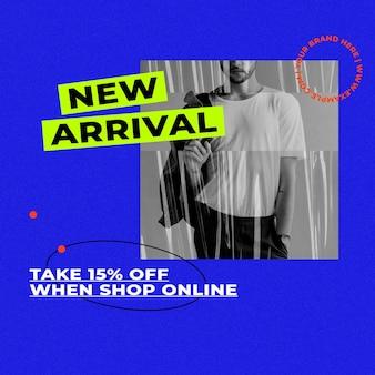 Neue ankunftsvorlage mit blauem retro-hintergrund für mode- und trends-influencer-konzept