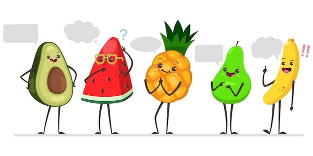 Niedliche avocado, wassermelone, ananas, birne und banane mit sprechblase.