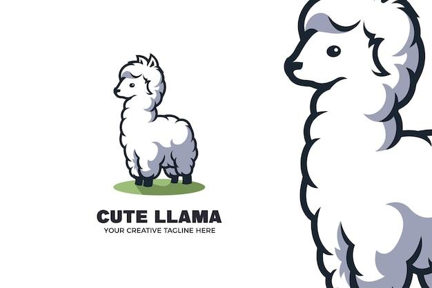 Niedliche kleine lama-alpaka-karikatur-maskottchen-logo-vorlage